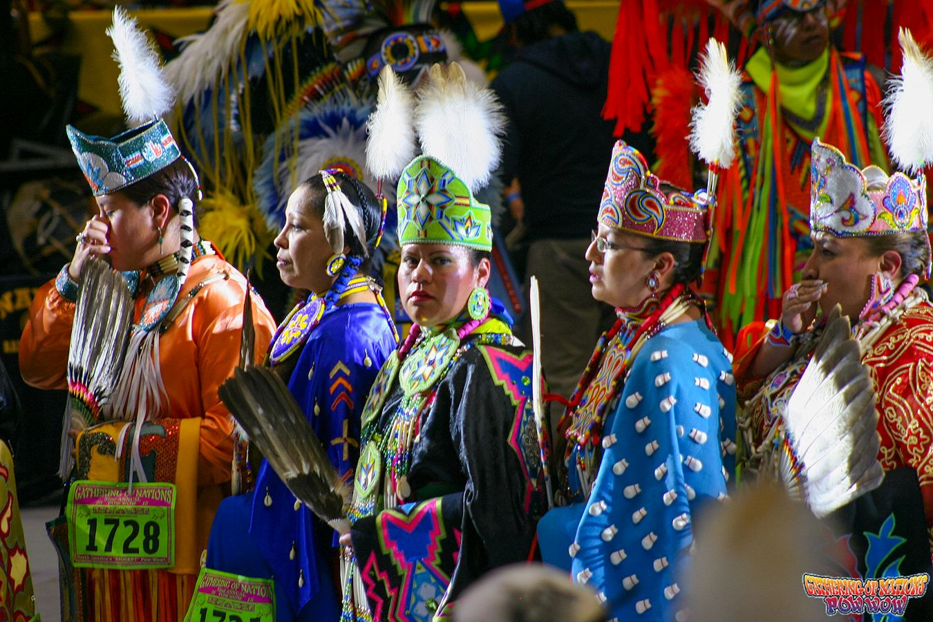 how to dance traditional pow wow