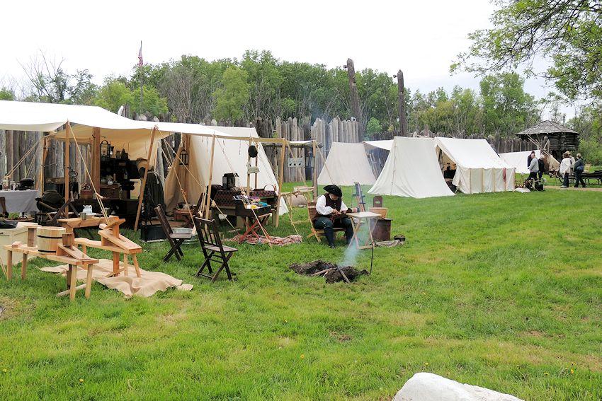Fort Koshkonong Rendezvous - Crazy Crow Trading Post