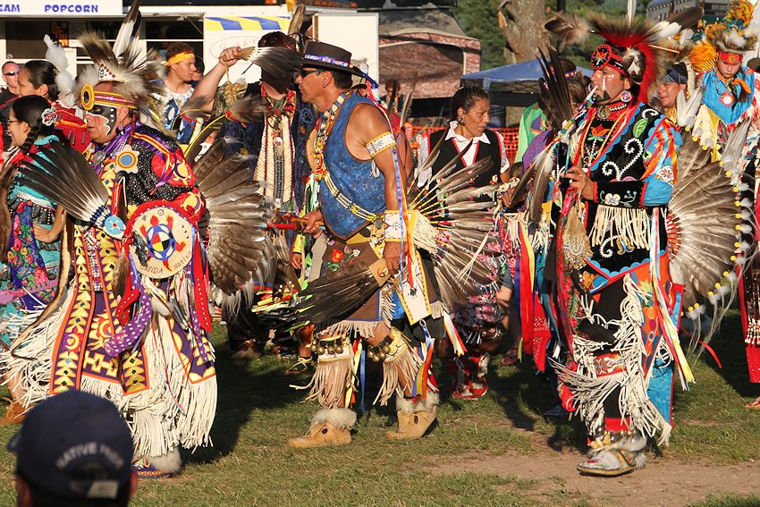 Annual Red Cliff Traditional Pow Wow - Wisconsin Pow Wow Calendar