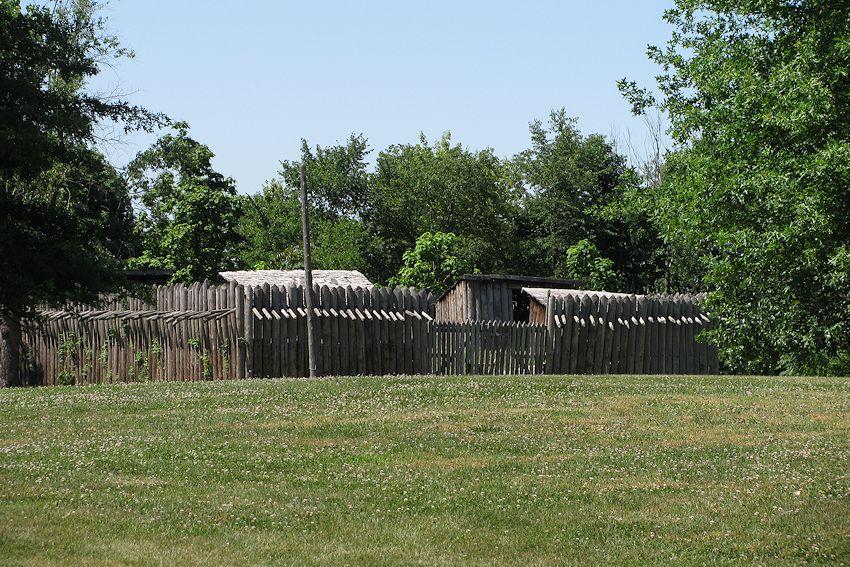 Fort Crevecoeur - Illinois Historic Park
