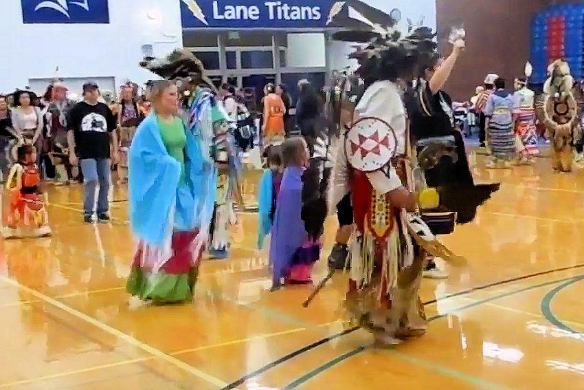 2018 lane community college powwow native american student asso